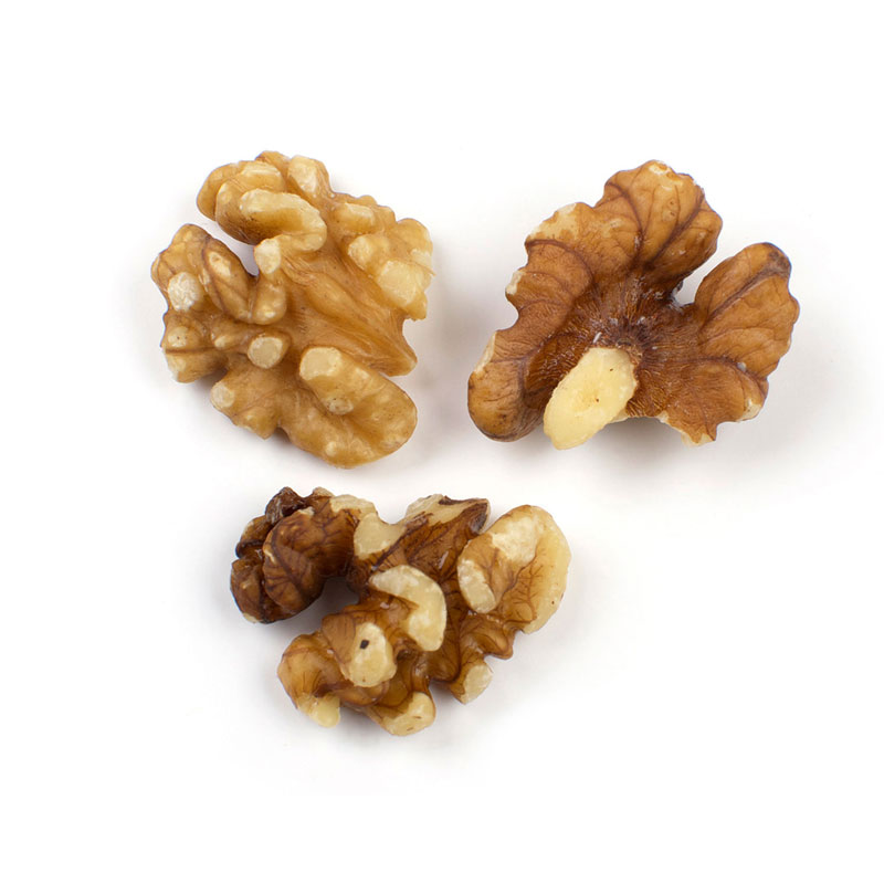 RAW ENGLISH WALNUTS*