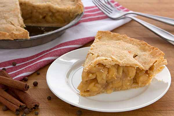 Dried-Apple Pie with Cheddar Crust