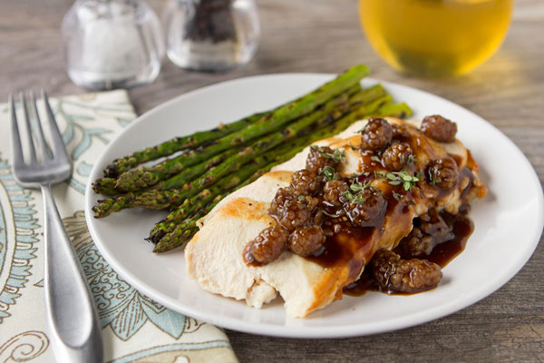 Chicken with Mulberry-Balsamic Sauce
