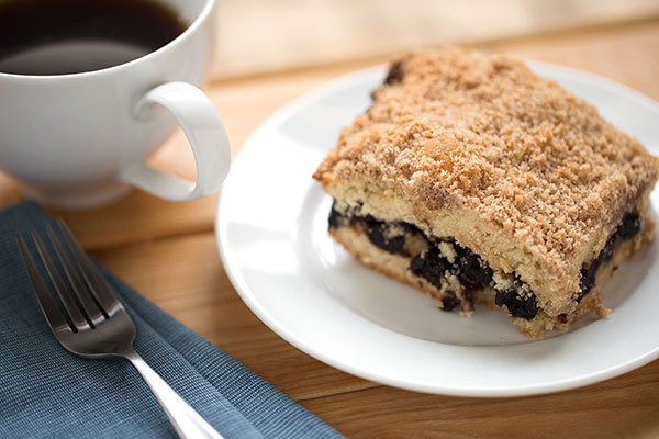 Blueberry Coffee Cake with Cinnamon Streusel