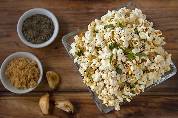 Roasted Garlic Popcorn