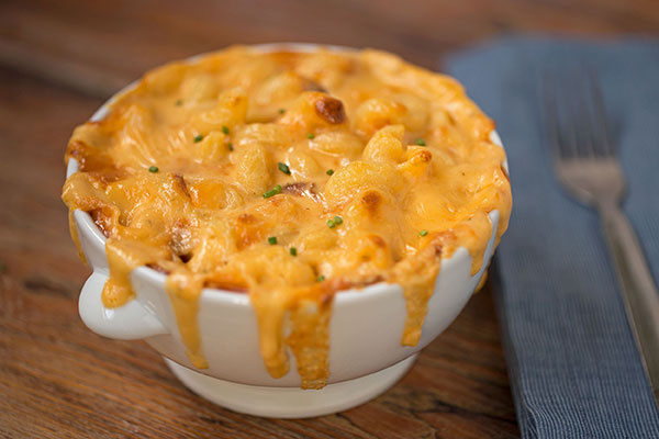 Baked Macaroni with Homemade Cheese Sauce