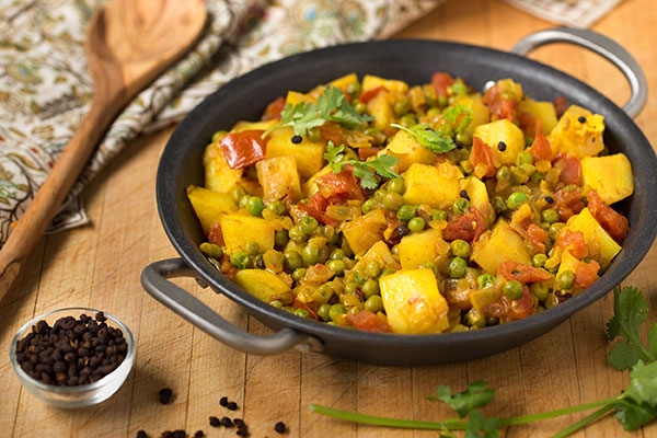 Nepalese Potatoes with Tomato & Peas