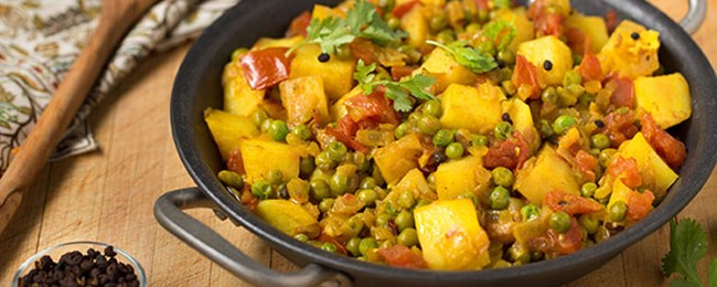 Nepalese Potatoes with Tomato and Peas