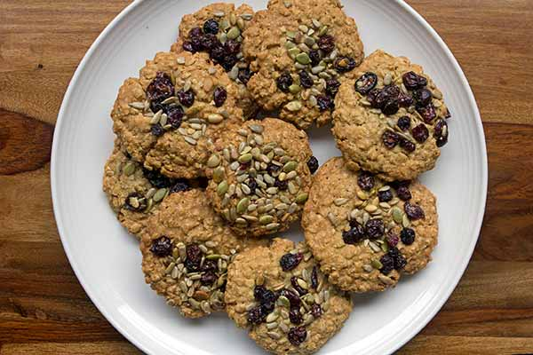 Chewy Autumn Harvest Oatmeal Cookies