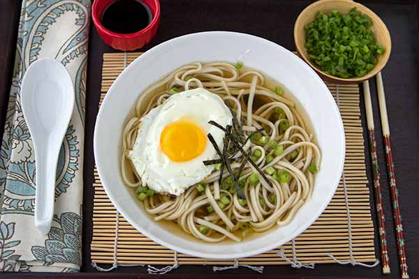 Tsukimi Udon (Moon Viewing Noodles)