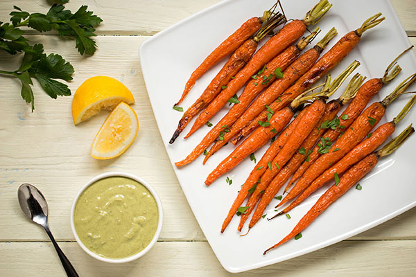 Roasted Carrots with Spinach Green Goddess Dressing